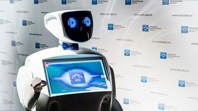 Алантим – первый в России робот. Функционирует на основе — нейронной сети.